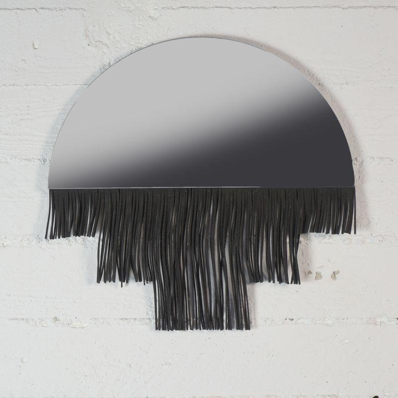 Καθρέφτης με Κρόσσια Μαύρα 40 εκ.