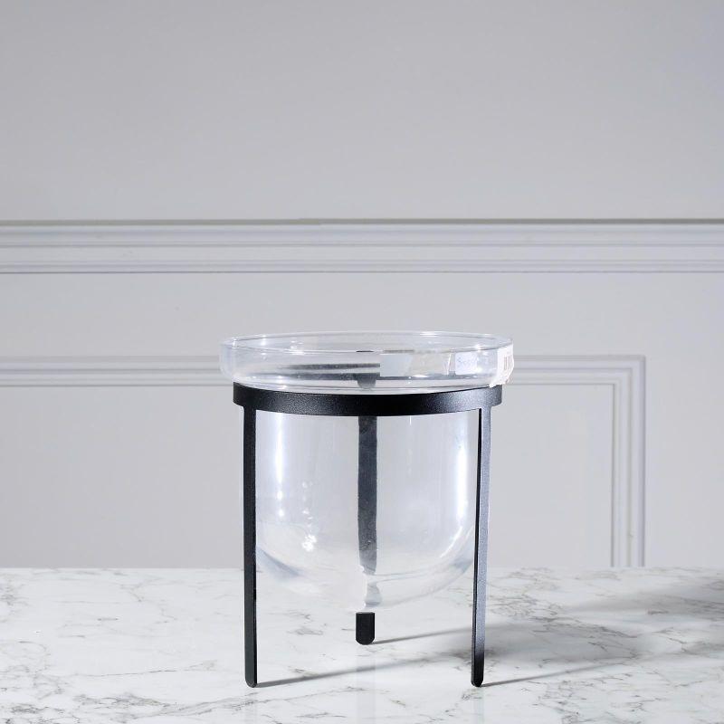 Βάζο Γυάλινο Διάφανο με Μαύρη Βάση 20x20x20 εκ.